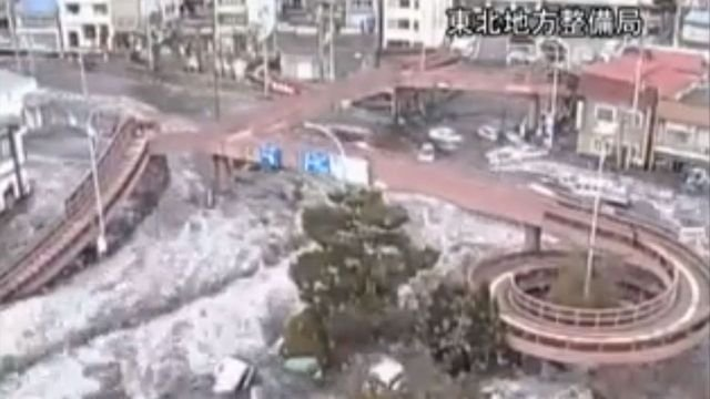 2011 Japan Tsunami Caught on CCTV Cameras
